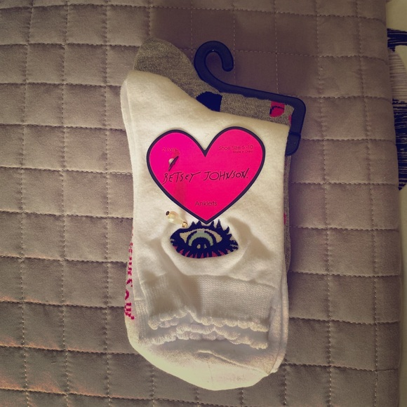 Betsey Johnson Accessories - Betsey Johnson ankle socks